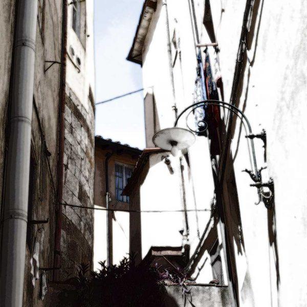 Italiaans Straatje 4 in Lucca Italië