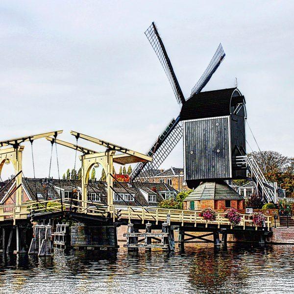 Rembrandtbrug en de Put molen